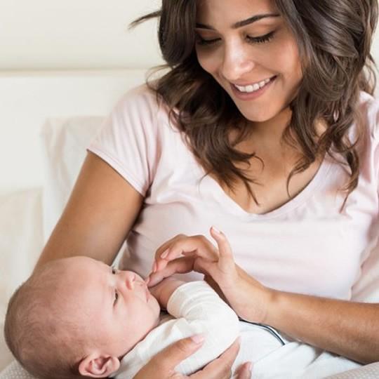 Mães que estão amamentando podem realizar tratamento estético?